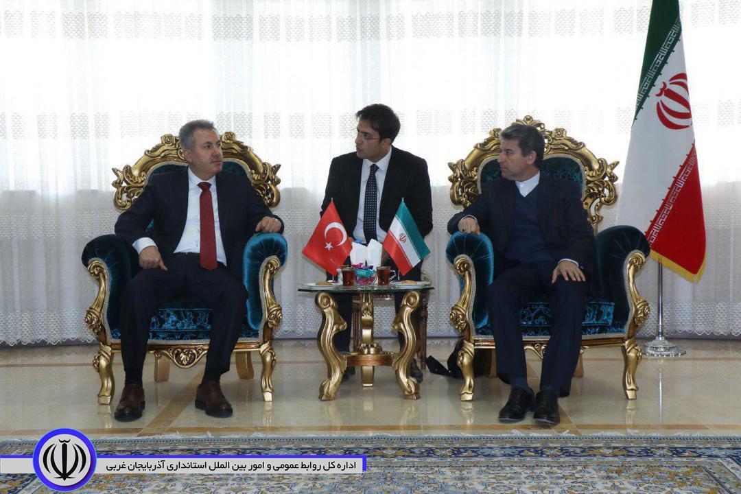 تقویت بازارچه های مرزی گامی موثر در توسعه مناسبات اقتصادی با کشور ترکیه بشمار می رود/ اشتراکات دو کشور ایران و ترکیه فرصتی ارزنده برای بهبود شاخص های اقتصادی است