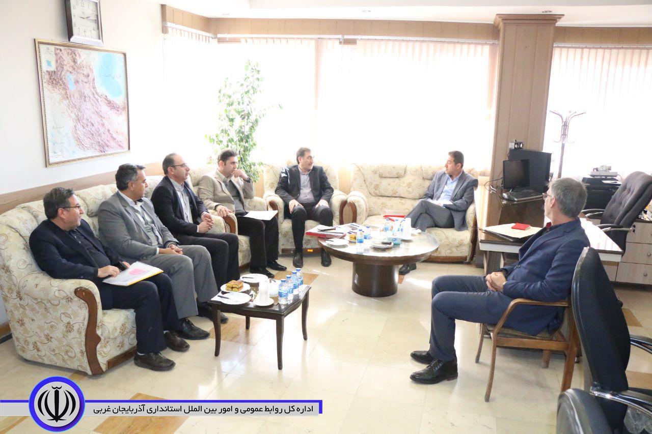تشکیل جلسه هیات 4 نفره استان