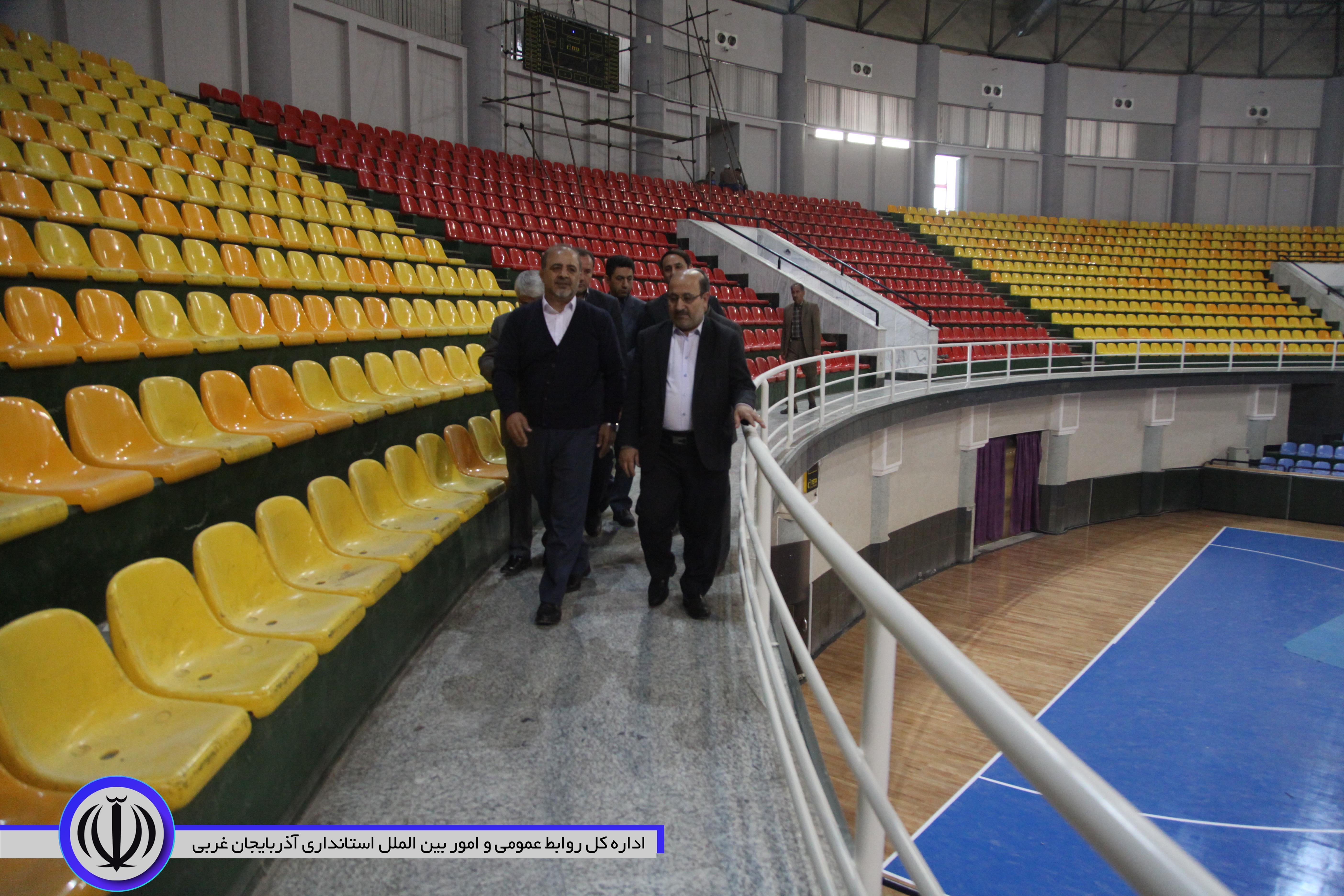 بازدید مصطفوی معاون سیاسی امنیتی اجتماعی استاندار آذربایجان غربی از محل برگزاری مسابقات لیگ ملتهای والیبال 2019