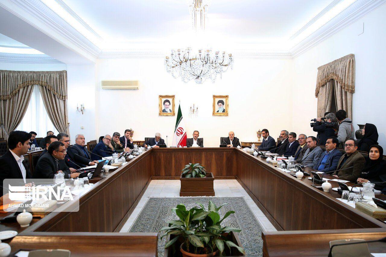 معاون اول رییسجمهور تاکید کرد: احیای دریاچه ارومیه مسئولیتی ملی و ضرورتی انکارناپذیر است