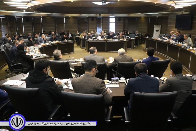 ارتقای فضای کسب و کار و استفاده از ظرفیت مرزها از مهمترین برنامه های اقتصادی استان است