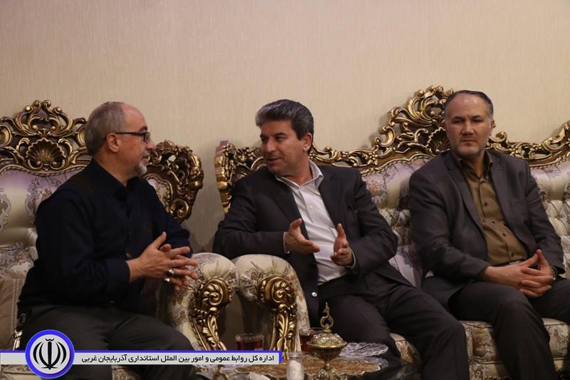 دیدار استاندار آذربایجان غربی با خانوده معظم شهدا + آلبوم تصویری