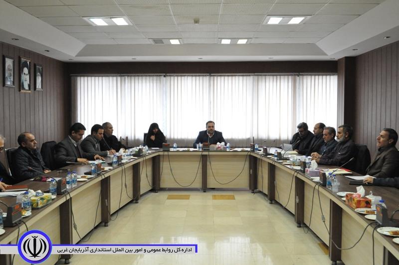 تشکیل کمیته بهداشت و درمان ایثارگران و پیگیری مشکلات بیمه ای ایثارگران در این جلسه