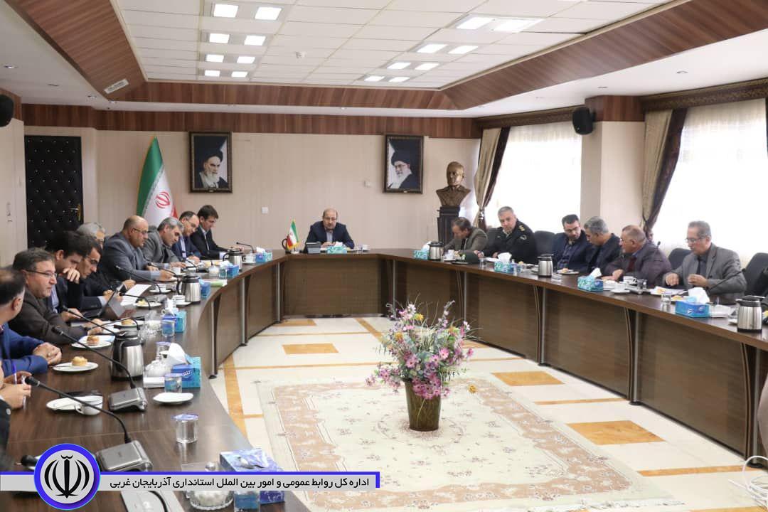 برگزاری جلسه ستاد پیشگیری از شیوع آنفولانزا به ریاست معاون سیاسی،امنیتی و اجتماعی استاندار آذربایجان غربی