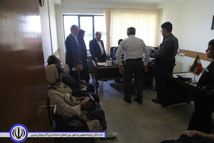 بازدید معاون سیاسی امنیتی و اجتماعی استاندار آذربایجان غربی از روند اجرای آمایش ۱۴ اتباع خارجی در استان