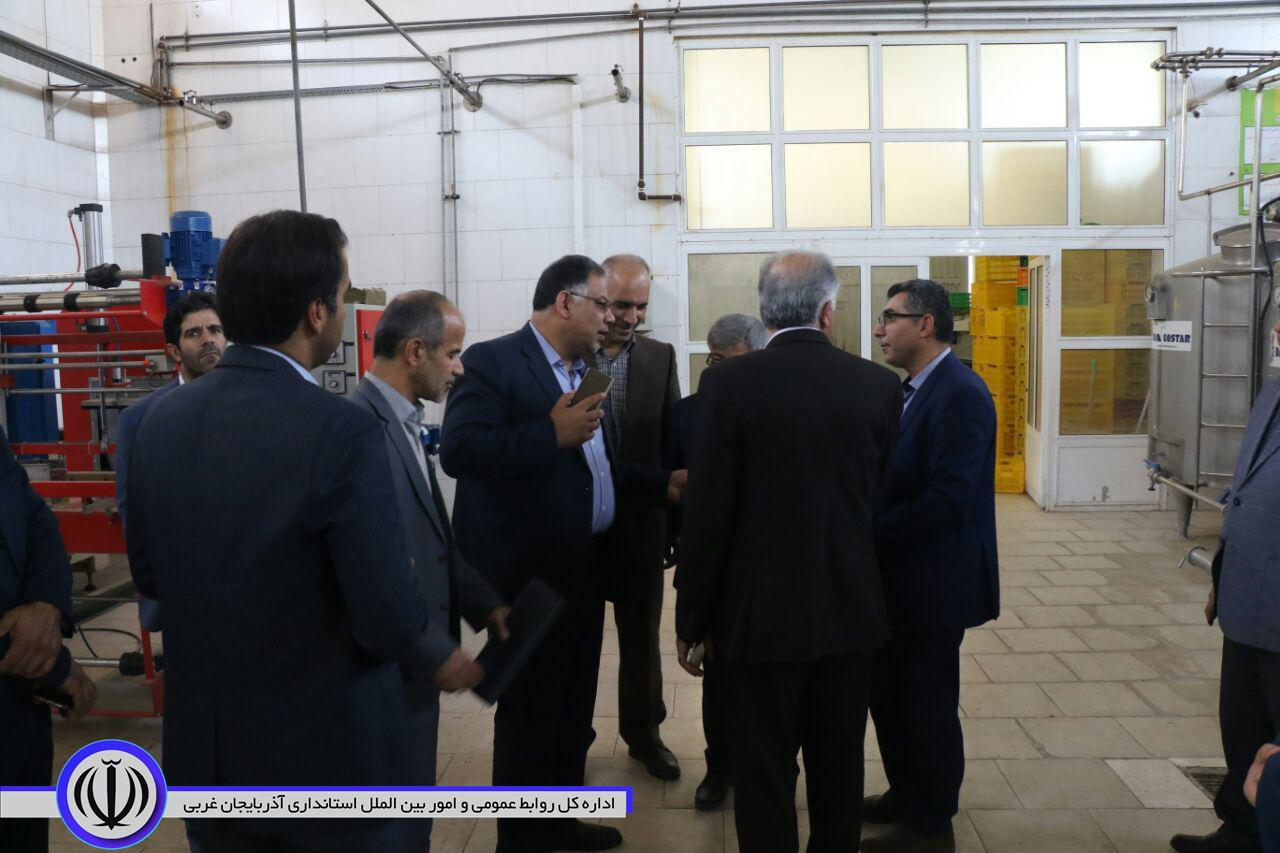 بازدید معاون هماهنگی امور اقتصادی و توسعه منابع استاندار آذربایجان غربی از چند واحد تولیدی در ارومیه