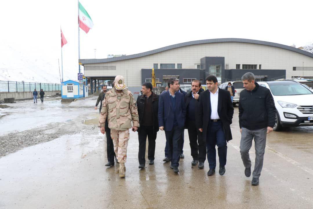 بازدید استاندار آذربایجان غربی از زیرساخت های توسعه مرز سرو