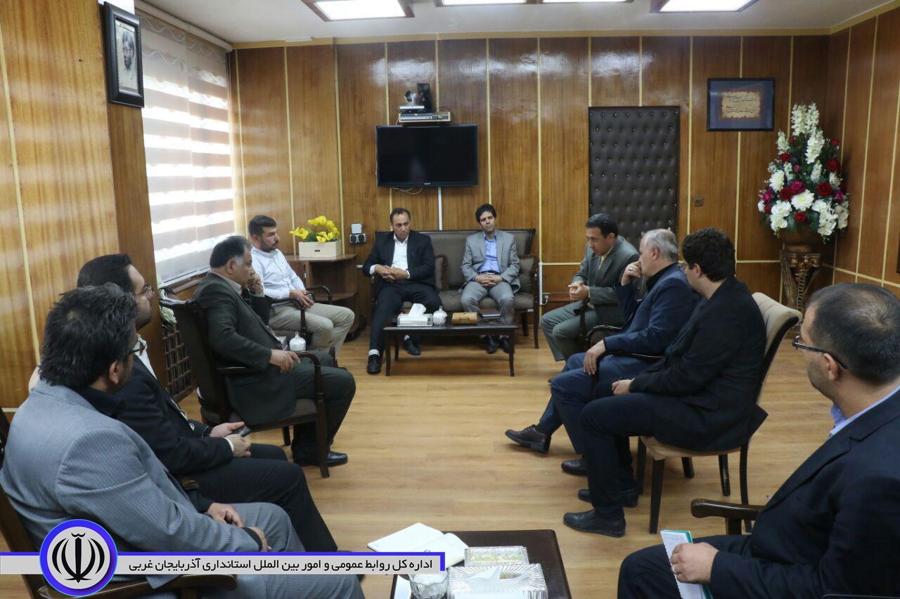 دیدار معاون هماهنگی امور اقتصادی استاندار آذربایجان غربی  با سرمایه گذار ترکیه ای
