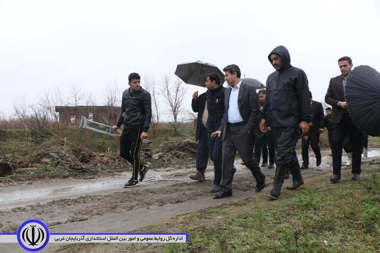 استاندار: تاکنون مشکل سیل در آذربایجان غربی وجود نداشته است/ روند لایروبی رودخانه های استان ادامه پیدا می کند/ از همراهی مردم قدردانی می کنم