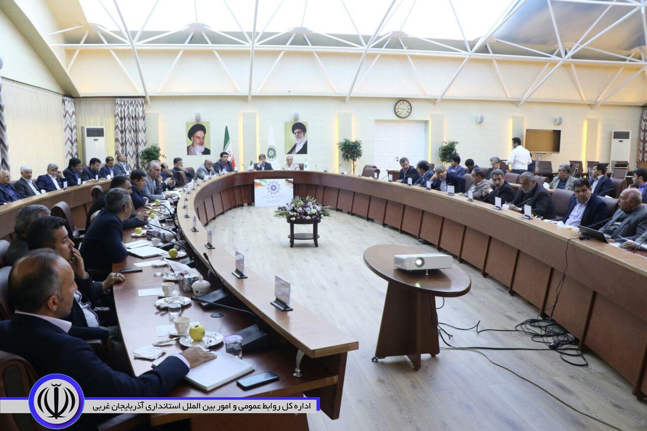 نخستین جلسه شورای گفت و گوی دولت و بخش خصوصی استان در سال ۹۸ برگزار شد