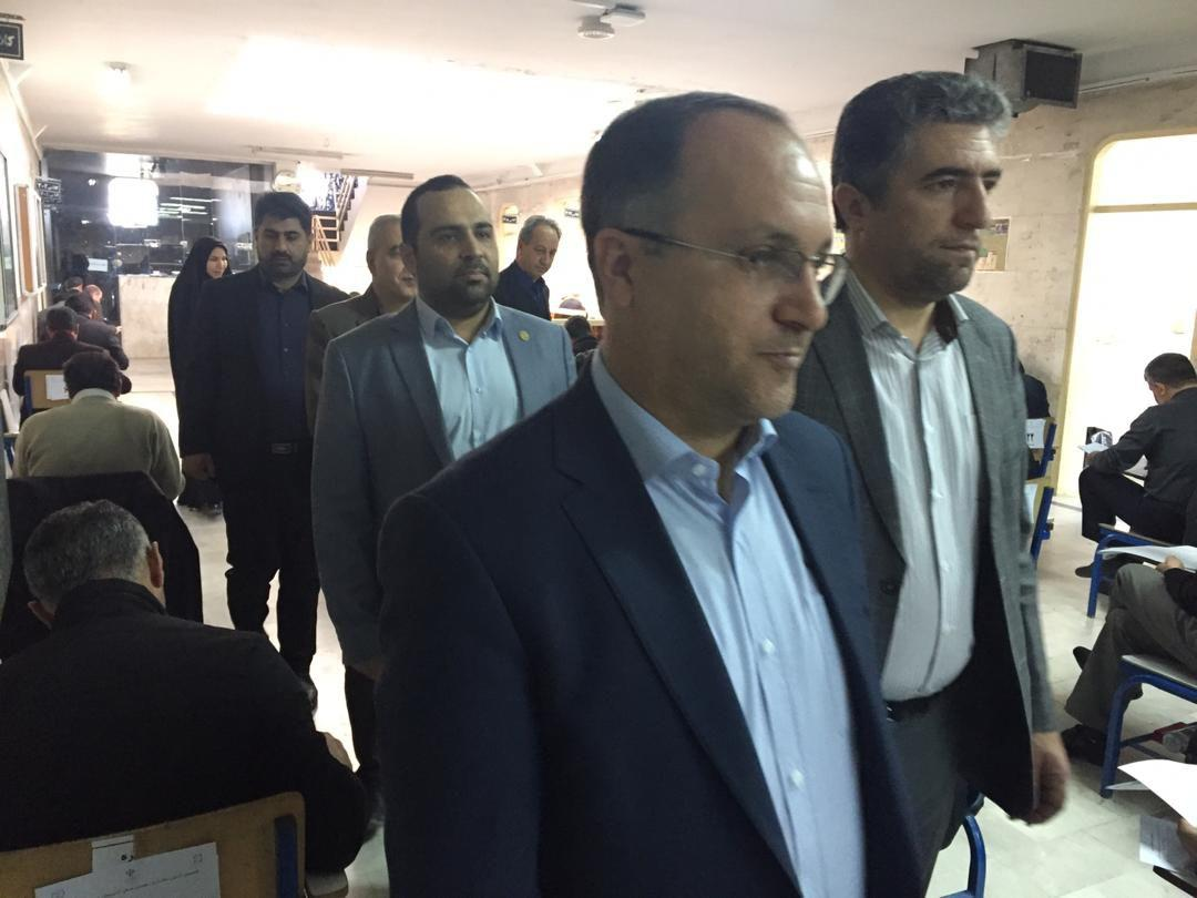 ششمین آزمون مکاتبه ای دهیاران استان صبح امروز جمعه برگزار شد