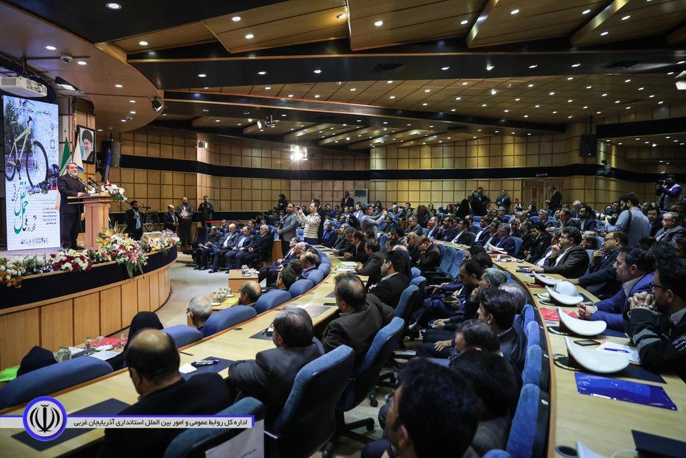 گرامیداشت روز حملونقل با حضور وزیر کشور و استانداران