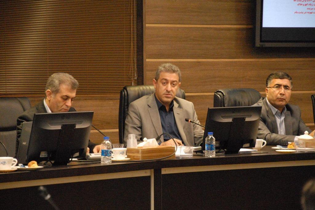 در جلسه شورای فنی استان