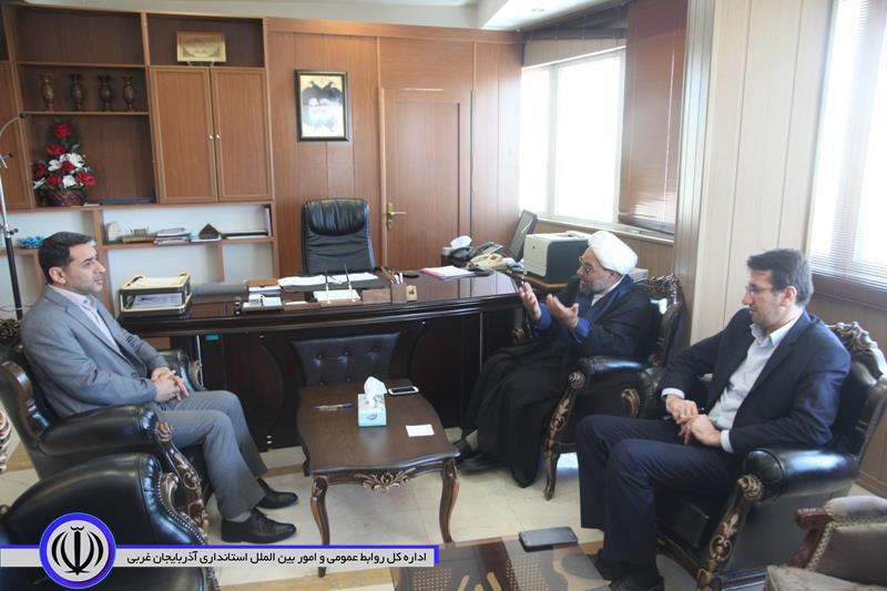 به دستور مقام عالی استان جشن گلریزان آزادی زندانیان غیرعمد در ادارات برگزار می شود