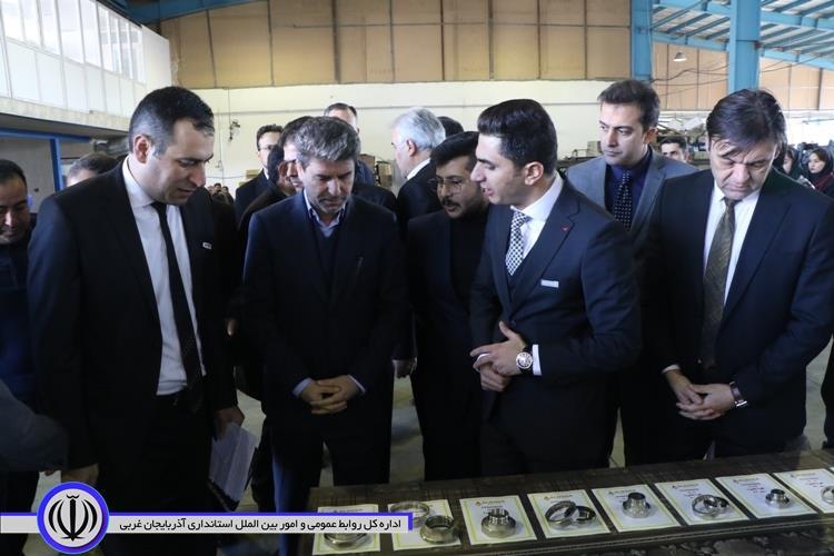 افتتاح و بهره برداری 161 طرح صنعتی و تولیدی همزمان با دهه مبارک فجر در آذربایجان غربی