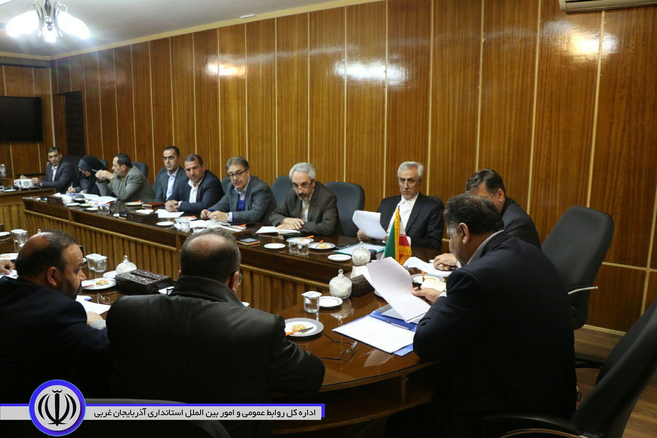 جلسه بررسی روند اجرایی شدن تفاهم نامه های استانداران آذربایجان غربی و اقلیم کردستان عراق